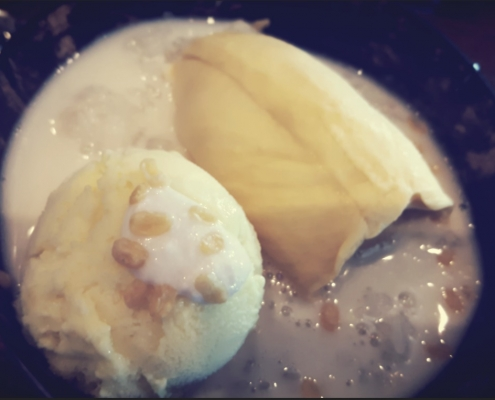 Durian Sticky Rice with Ice Cream 495x400 - Resto Juara The Plate